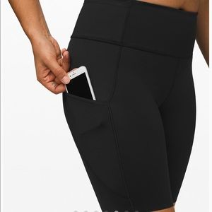 NWT - Lululemon Fast and Free HR Short 10""